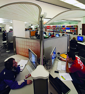 Computer lab in Mulllins Library